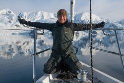Antarktyczne zawody - kto pierwszy ten grubszy.